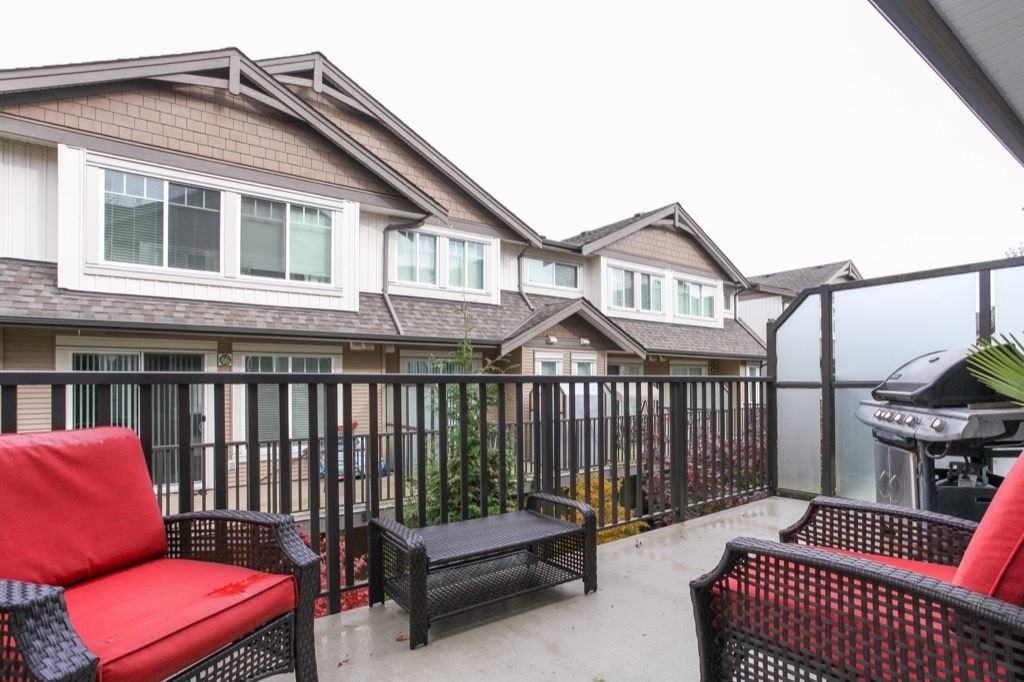 """Photo 16: Photos: 56 8250 209B Street in Langley: Willoughby Heights Townhouse for sale in """"OUTLOOK"""" : MLS®# R2118711"""