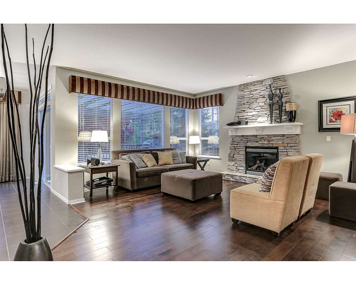 Photo 2: Photos: 44 ALDER Drive in Port Moody: Heritage Woods PM House for sale : MLS®# R2120699
