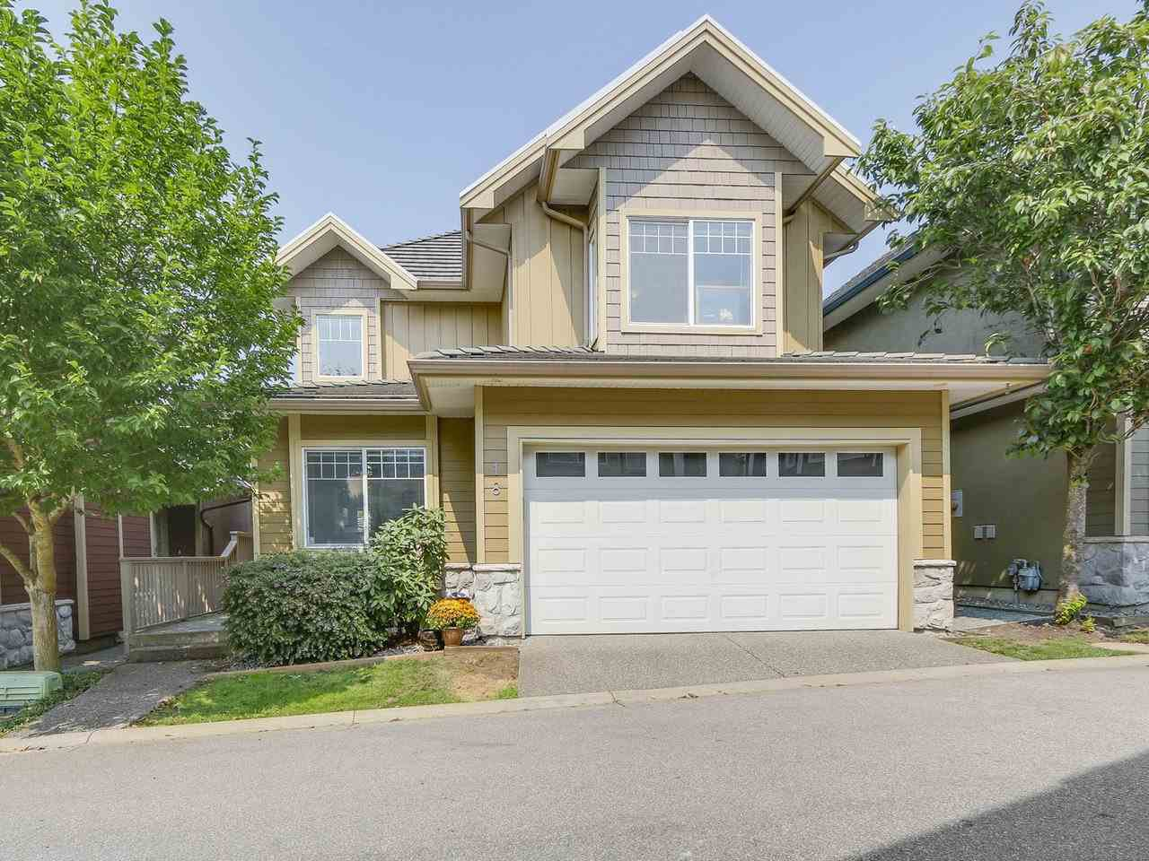 "Main Photo: 18 3363 ROSEMARY HEIGHTS Crescent in Surrey: Morgan Creek House for sale in ""Rockwell"" (South Surrey White Rock)  : MLS®# R2195401"