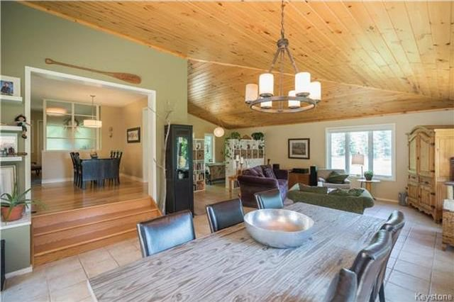 Photo 7: Photos: 28040 HILLSIDE Road in Springfield Rm: RM of Springfield Residential for sale (R04)  : MLS®# 1728163