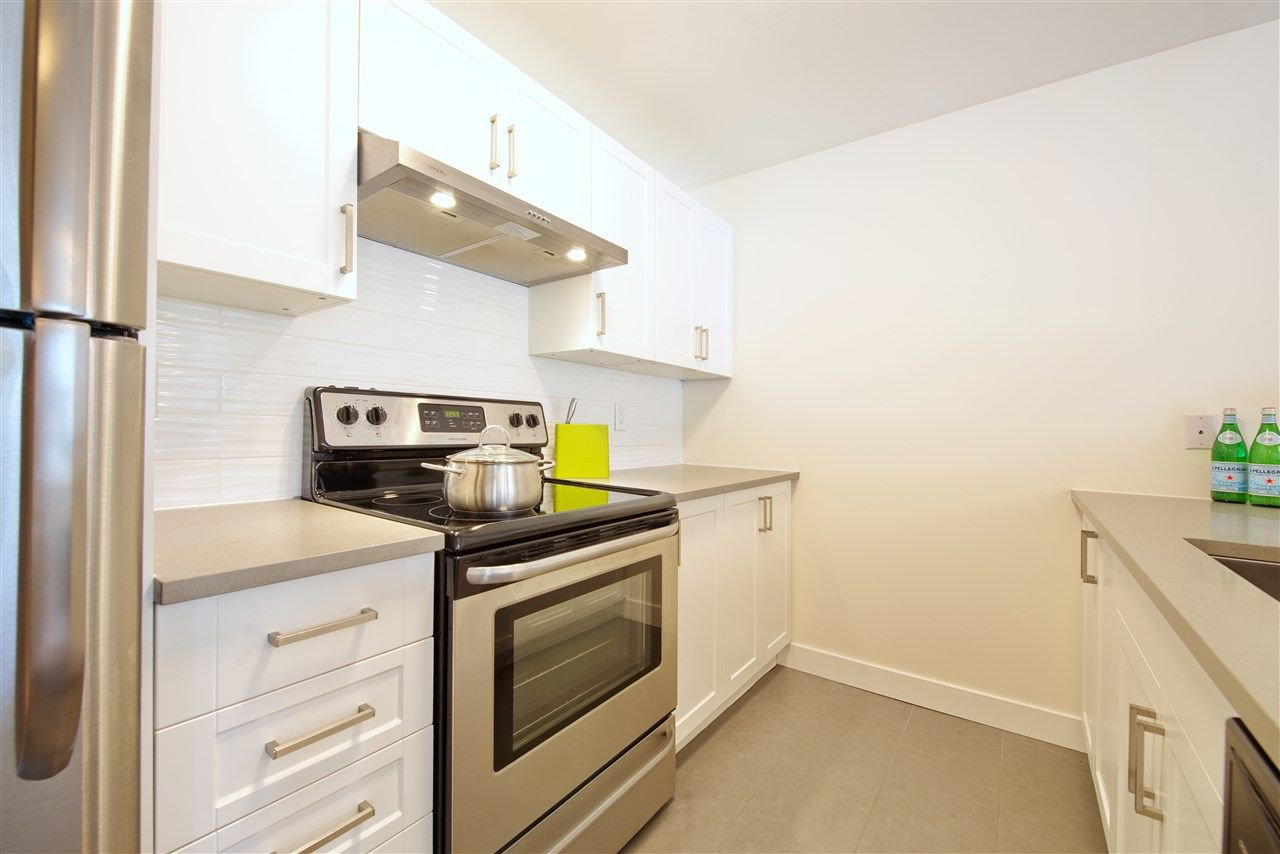"Photo 2: Photos: 110 99 BEGIN Street in Coquitlam: Maillardville Condo for sale in ""Le Chateau"" : MLS®# R2248058"