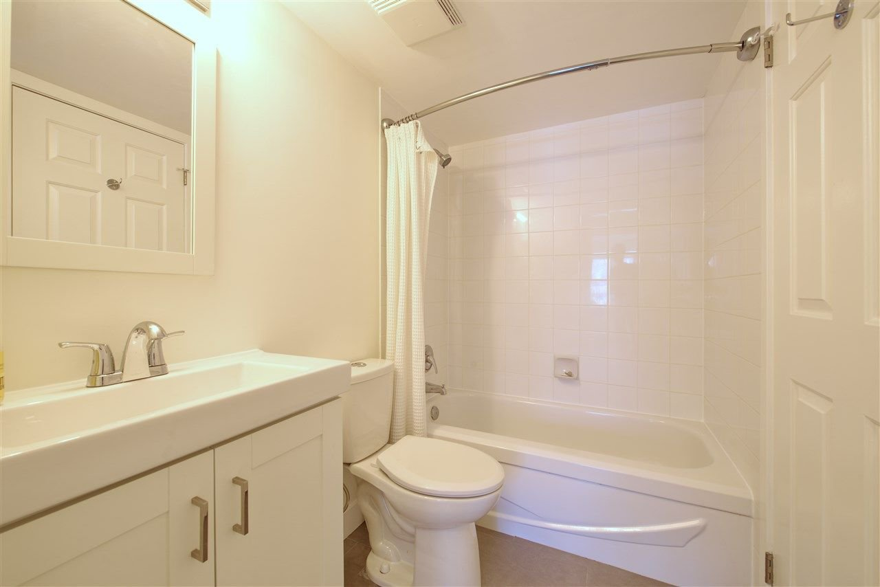 "Photo 15: Photos: 110 99 BEGIN Street in Coquitlam: Maillardville Condo for sale in ""Le Chateau"" : MLS®# R2248058"