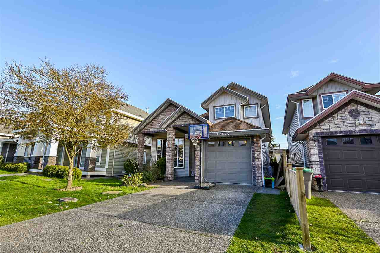 Main Photo: 17470 64A Avenue in Surrey: Cloverdale BC House for sale (Cloverdale)  : MLS®# R2253780