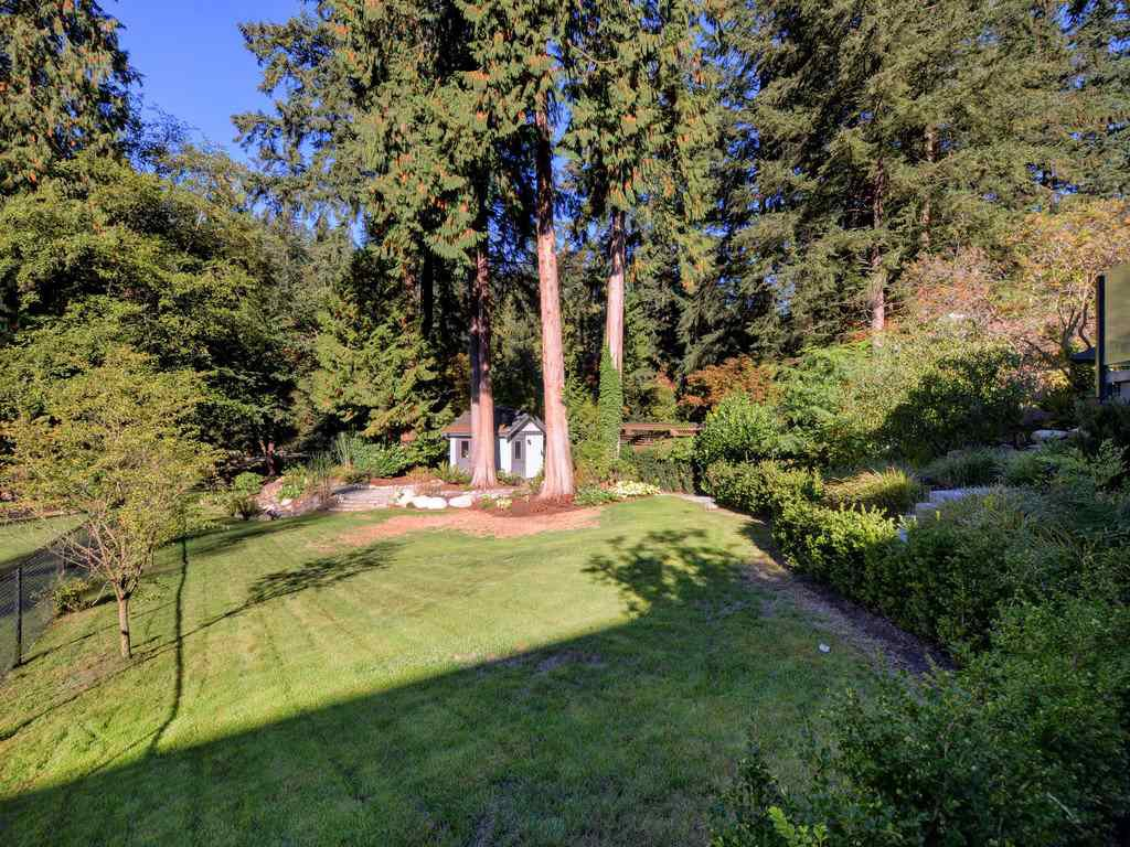 Photo 15: Photos: 1333 RIVERSIDE Drive in North Vancouver: Seymour NV House for sale : MLS®# R2312299