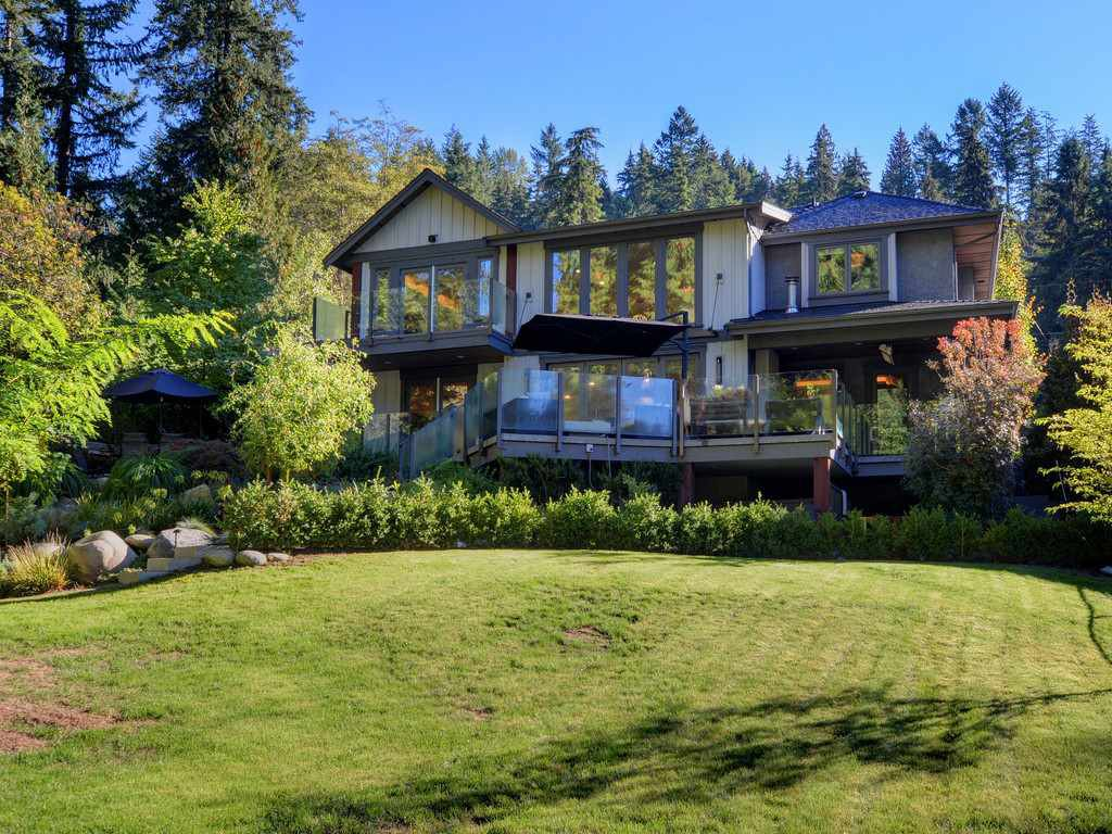 Photo 18: Photos: 1333 RIVERSIDE Drive in North Vancouver: Seymour NV House for sale : MLS®# R2312299