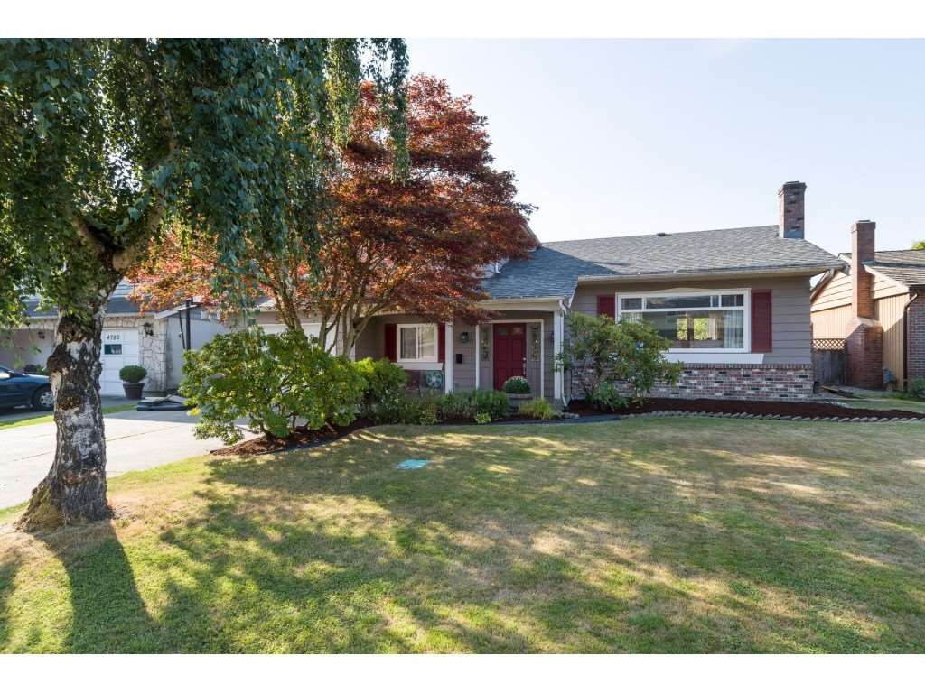 """Main Photo: 4760 PEMBROKE Place in Richmond: Boyd Park House for sale in """"BOYD PARK"""" : MLS®# R2348862"""