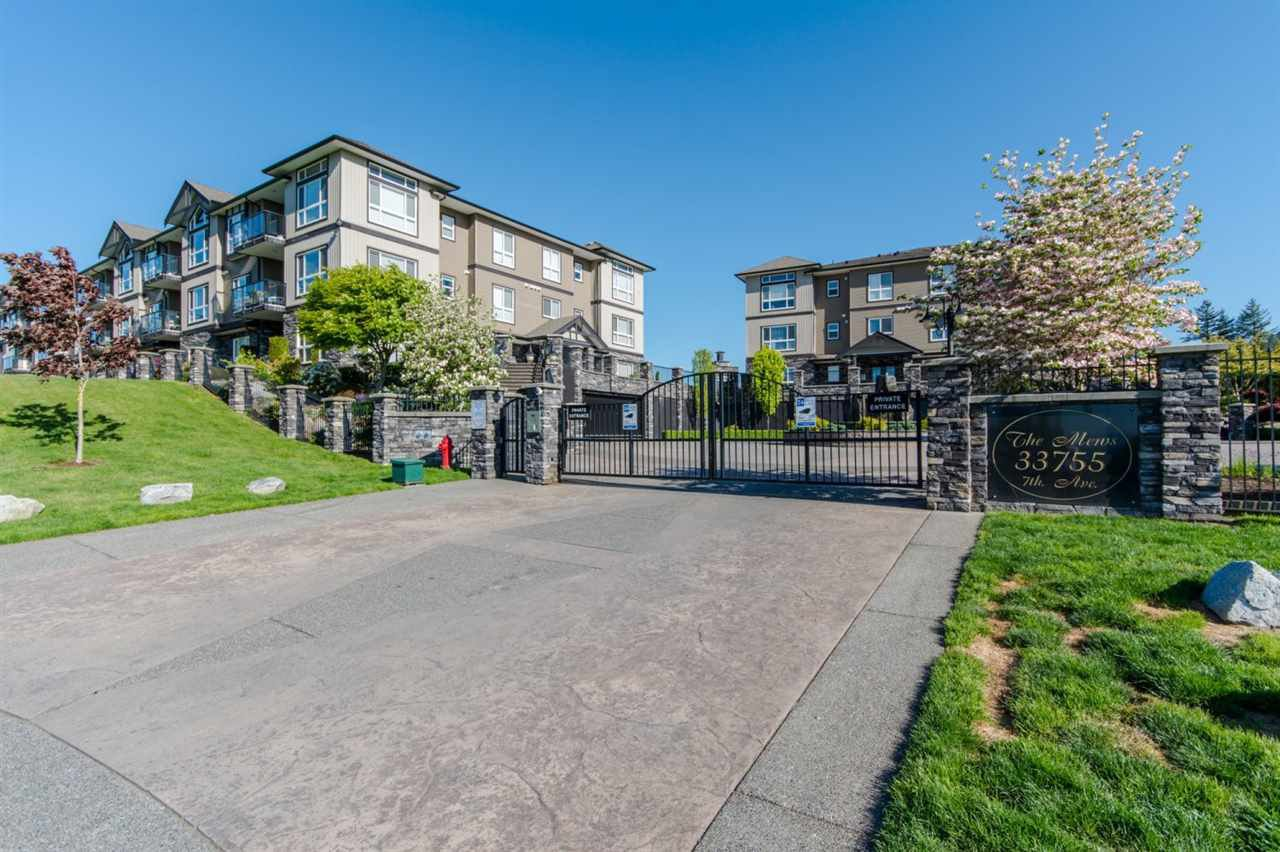 """Main Photo: B301 33755 7TH Avenue in Mission: Mission BC Condo for sale in """"The Mews"""" : MLS®# R2361753"""