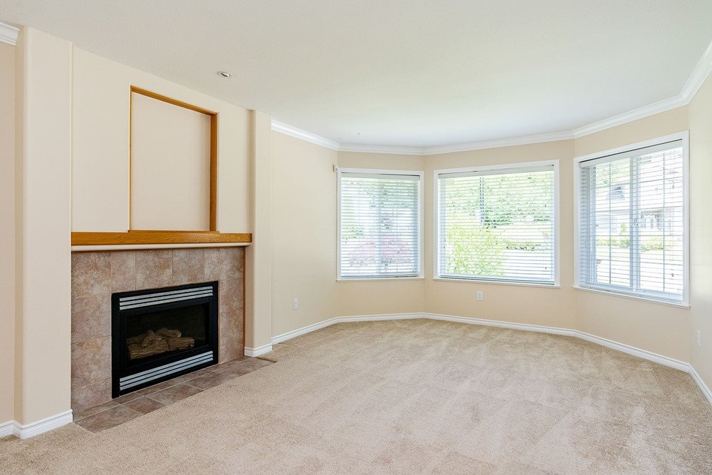 Photo 3: Photos: 11899 237 Street in Maple Ridge: Cottonwood MR House for sale : MLS®# R2377865