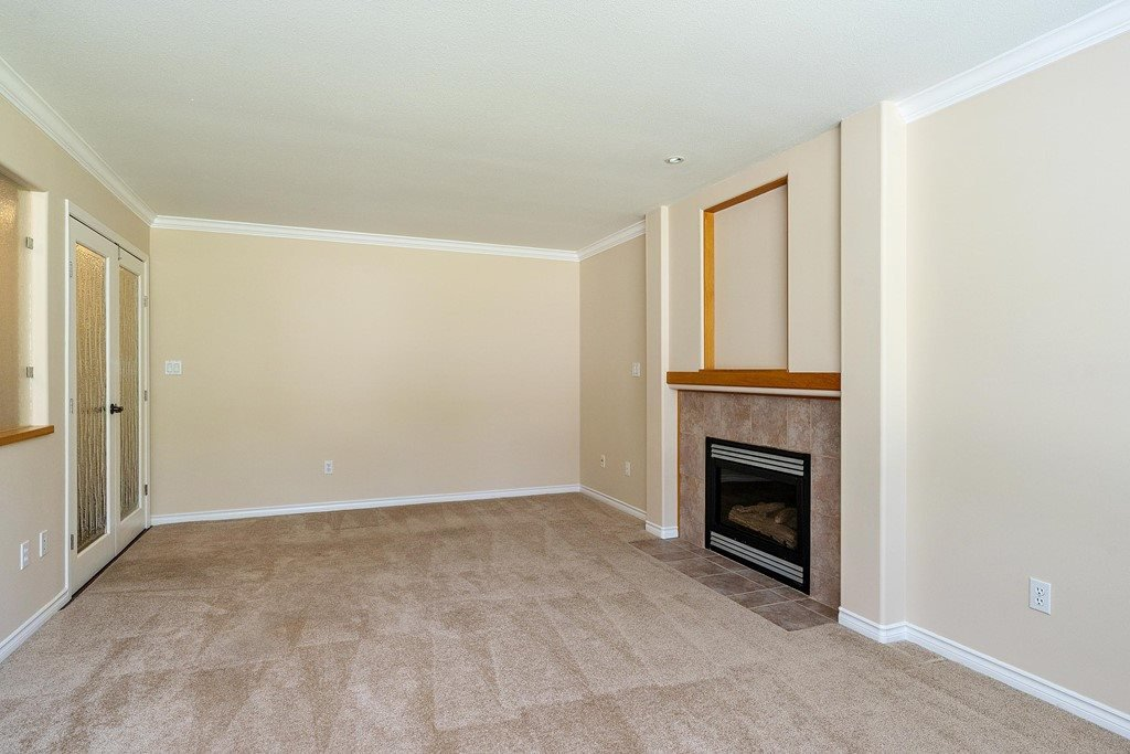 Photo 4: Photos: 11899 237 Street in Maple Ridge: Cottonwood MR House for sale : MLS®# R2377865