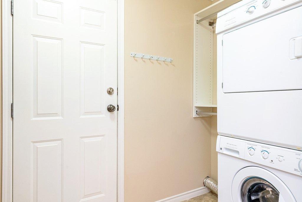 Photo 15: Photos: 11899 237 Street in Maple Ridge: Cottonwood MR House for sale : MLS®# R2377865