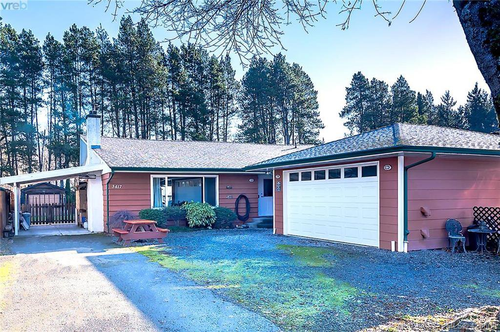 Main Photo: 3417 Luxton Rd in VICTORIA: La Luxton Single Family Detached for sale (Langford)  : MLS®# 832530