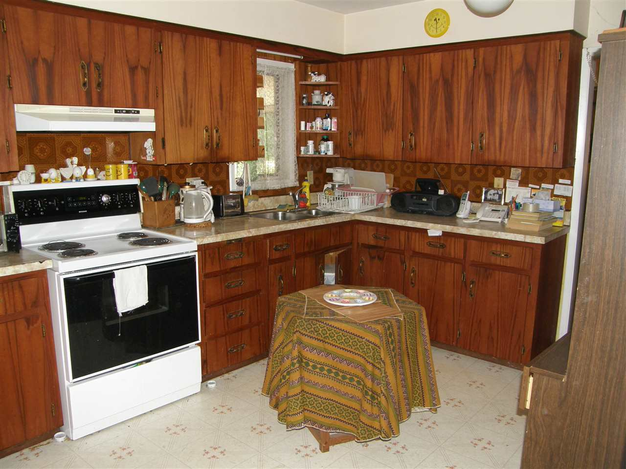 Photo 4: Photos: 539 3RD Avenue in Hope: Hope Center House for sale : MLS®# R2446429