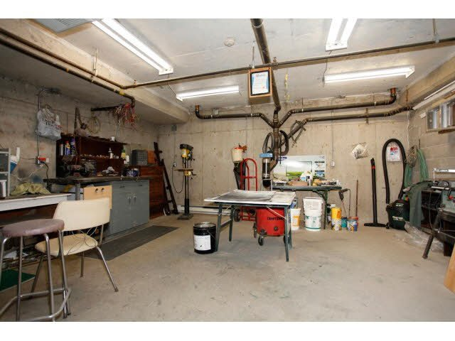 """Photo 18: Photos: 311 5955 177B Street in Surrey: Cloverdale BC Condo for sale in """"WINDSOR PLACE"""" (Cloverdale)  : MLS®# F1433073"""