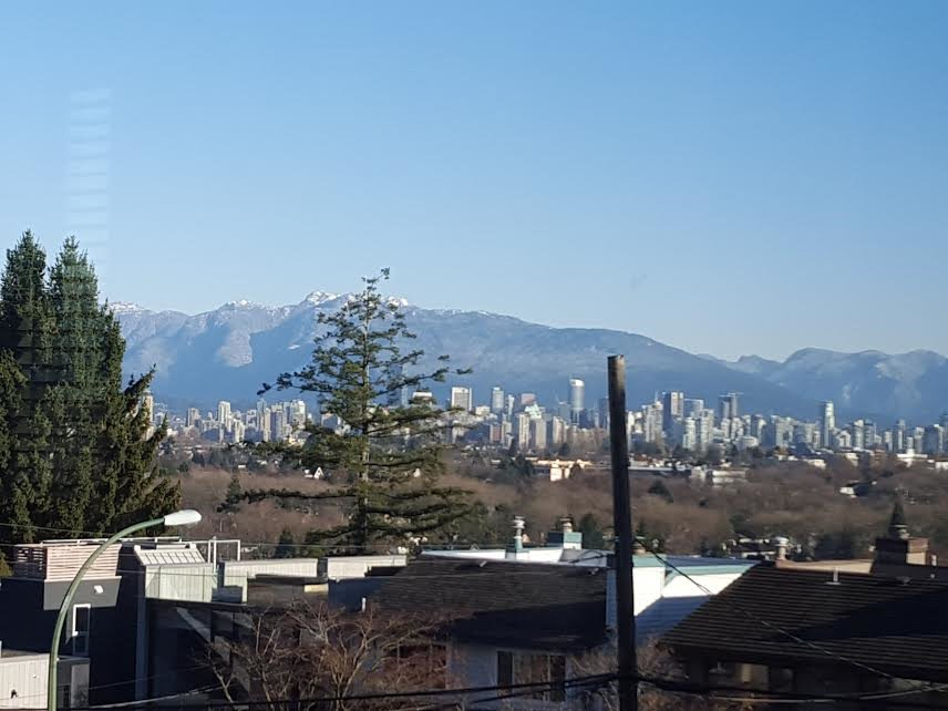Photo 3: Photos: 3345 W 20TH Avenue in Vancouver: Dunbar House for sale (Vancouver West)  : MLS®# R2004071