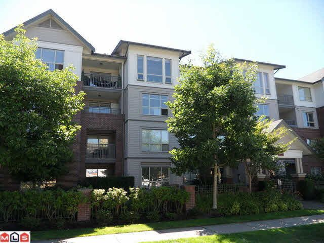 "Main Photo: 102 15188 22 Avenue in Surrey: Sunnyside Park Surrey Condo for sale in ""Murfield Gardens"" (South Surrey White Rock)  : MLS®# R2008117"
