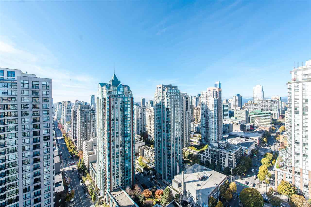 "Main Photo: 2901 888 HOMER Street in Vancouver: Downtown VW Condo for sale in ""Biasley"" (Vancouver West)  : MLS®# R2010144"