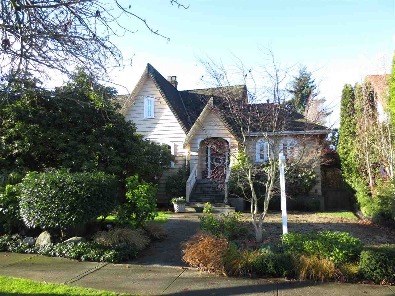 Main Photo: 6891 CYPRESS Street in Vancouver: Kerrisdale House for sale (Vancouver West)  : MLS®# R2020497