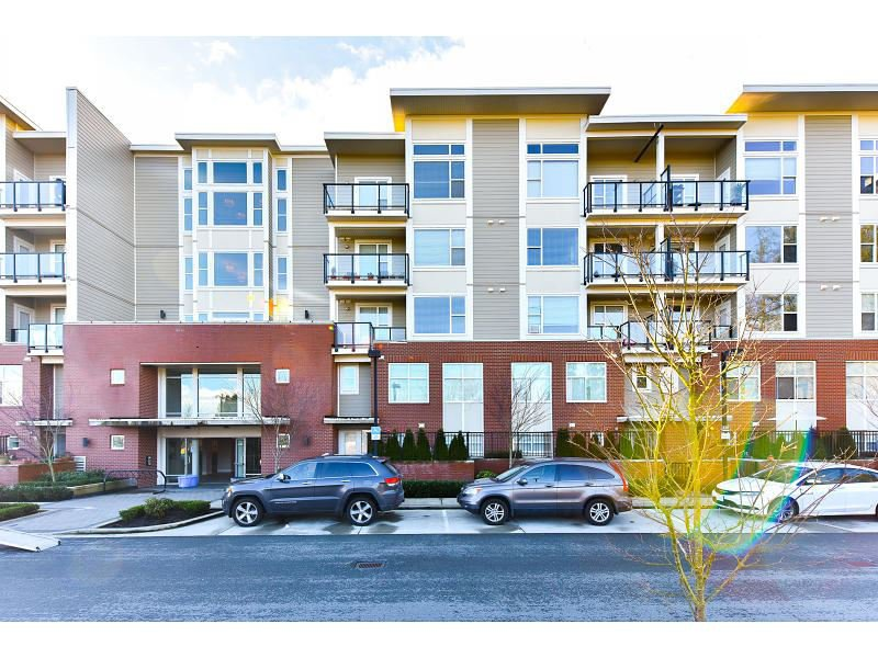 "Main Photo: 206 15956 86A Avenue in Surrey: Fleetwood Tynehead Condo for sale in ""Ascend"" : MLS®# R2030570"