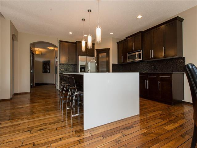 Photo 7: Photos:  in Calgary: House for sale : MLS®# C4064824