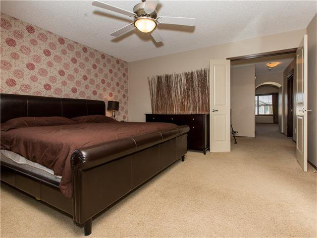 Photo 15: Photos:  in Calgary: House for sale : MLS®# C4064824