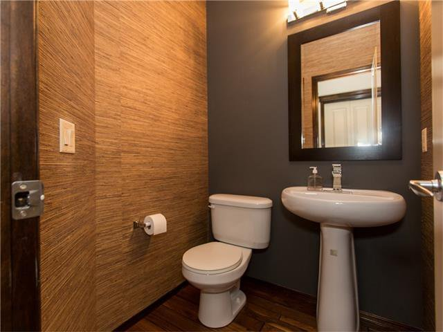 Photo 13: Photos:  in Calgary: House for sale : MLS®# C4064824