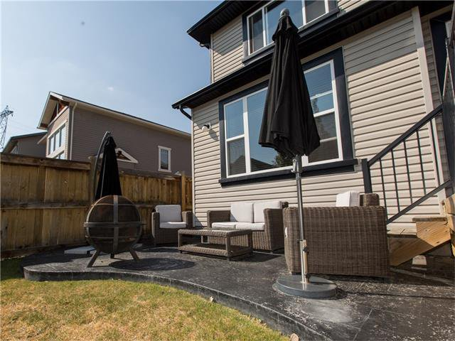 Photo 34: Photos:  in Calgary: House for sale : MLS®# C4064824
