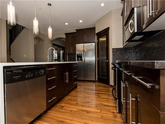 Photo 5: Photos:  in Calgary: House for sale : MLS®# C4064824