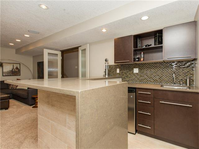 Photo 29: Photos:  in Calgary: House for sale : MLS®# C4064824