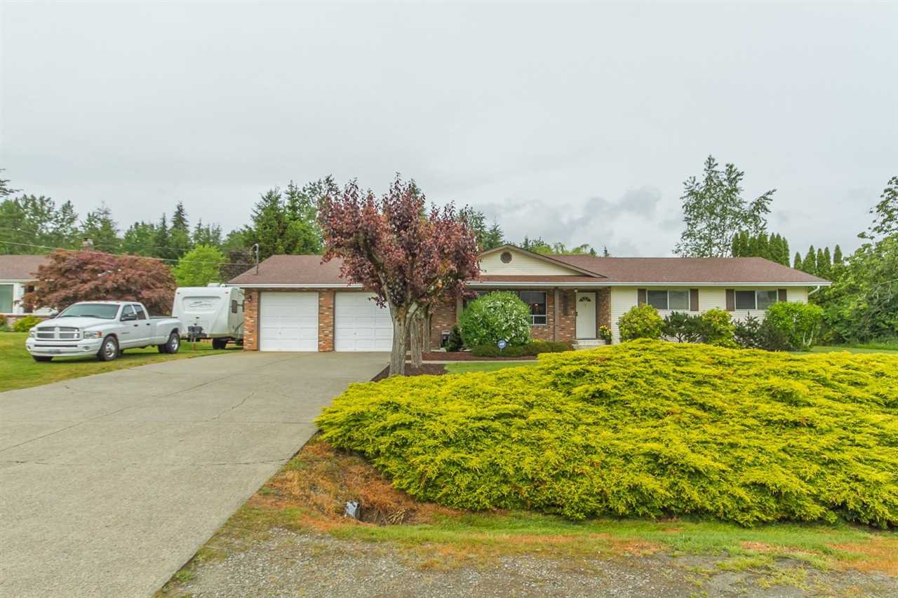 Main Photo: 33281 DALKE Avenue in Mission: Mission BC House for sale : MLS®# R2072771