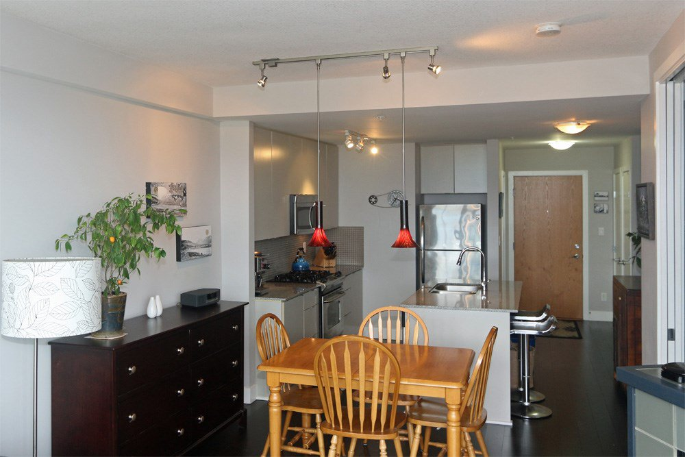 "Photo 6: Photos: 306 298 E 11TH Avenue in Vancouver: Mount Pleasant VE Condo for sale in ""SOPHIA"" (Vancouver East)  : MLS®# R2090826"