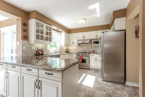 Photo 17: Photos: 26 Balsdon Crest in Whitby: Lynde Creek House (2-Storey) for sale : MLS®# E3629049