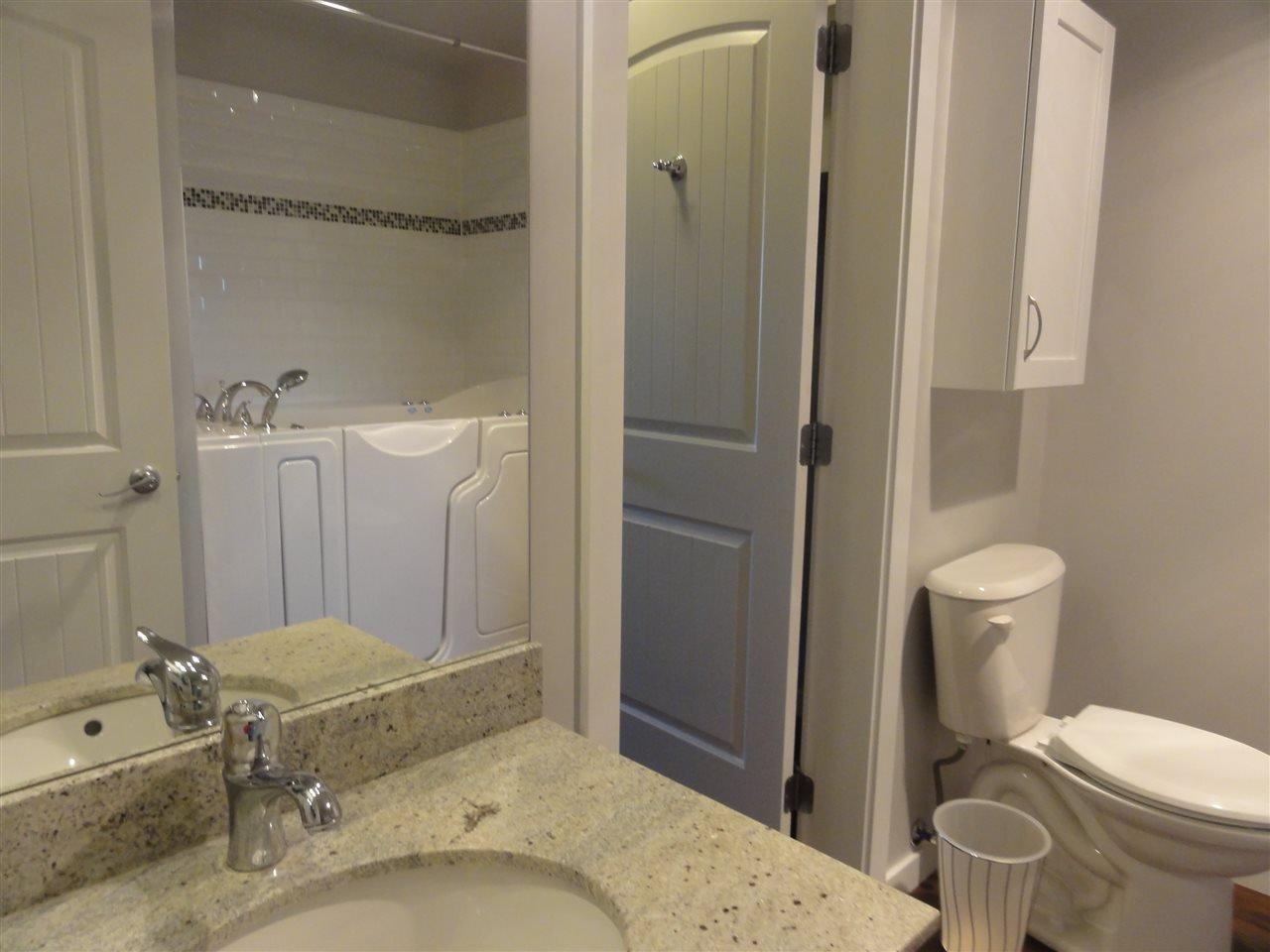 "Photo 10: Photos: 431 22323 48 Avenue in Langley: Murrayville Condo for sale in ""AVALON GARDENS"" : MLS®# R2134591"