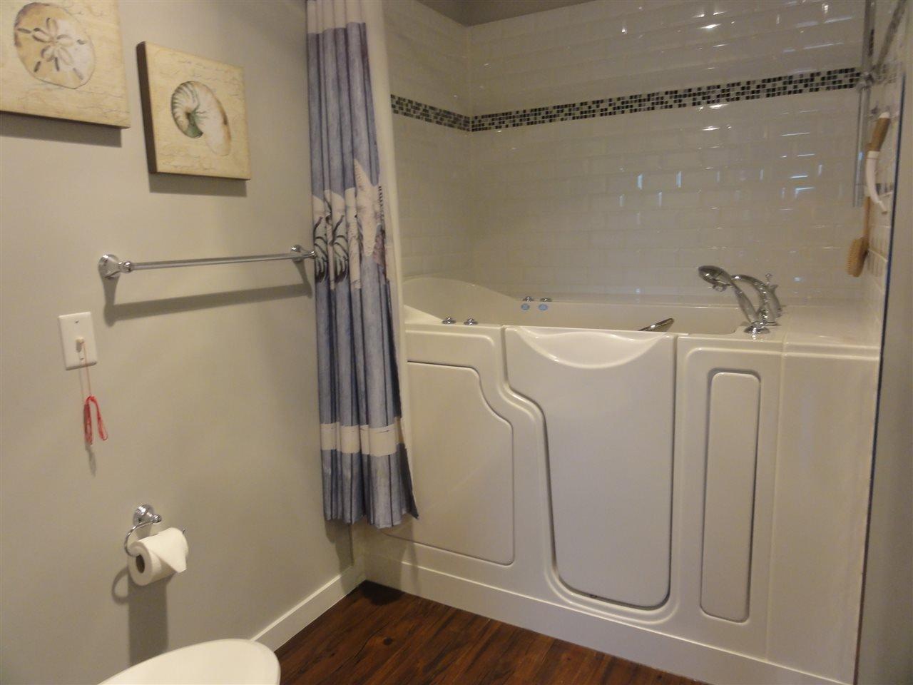 "Photo 9: Photos: 431 22323 48 Avenue in Langley: Murrayville Condo for sale in ""AVALON GARDENS"" : MLS®# R2134591"