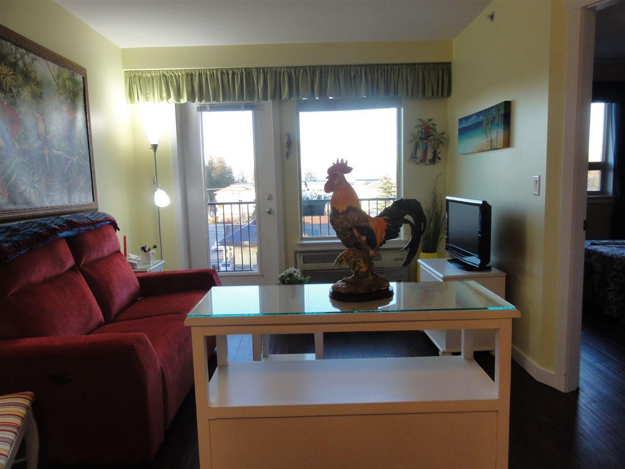 "Photo 3: Photos: 431 22323 48 Avenue in Langley: Murrayville Condo for sale in ""AVALON GARDENS"" : MLS®# R2134591"