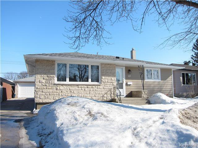 Main Photo: 127 Minikada Bay in Winnipeg: East Transcona Residential for sale (3M)  : MLS®# 1704515