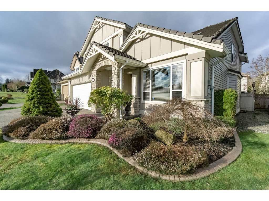 """Main Photo: 7269 146 Street in Surrey: East Newton House for sale in """"CHIMNEY HEIGHTS"""" : MLS®# R2153046"""