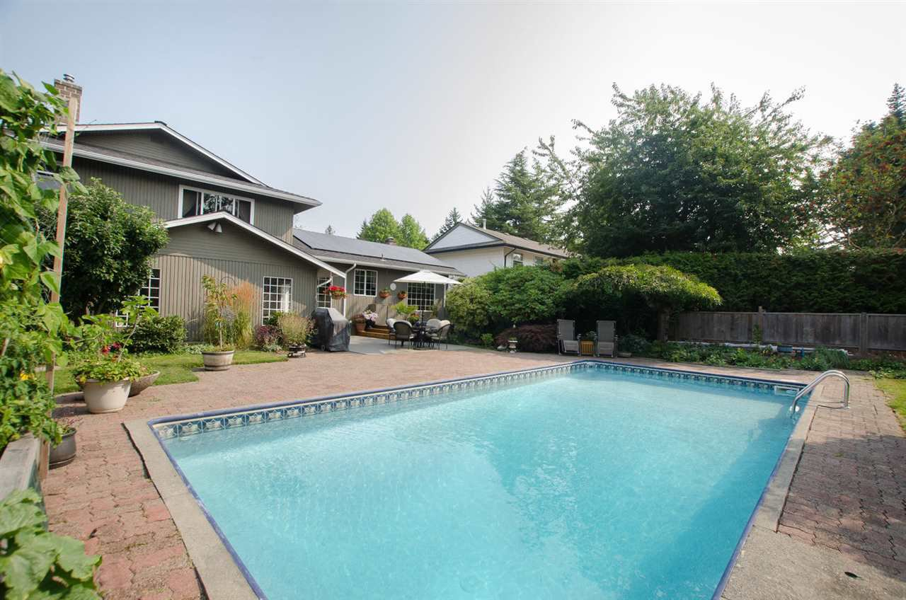 """Photo 19: Photos: 5334 2ND Avenue in Delta: Pebble Hill House for sale in """"PEBBLE HILL"""" (Tsawwassen)  : MLS®# R2196817"""