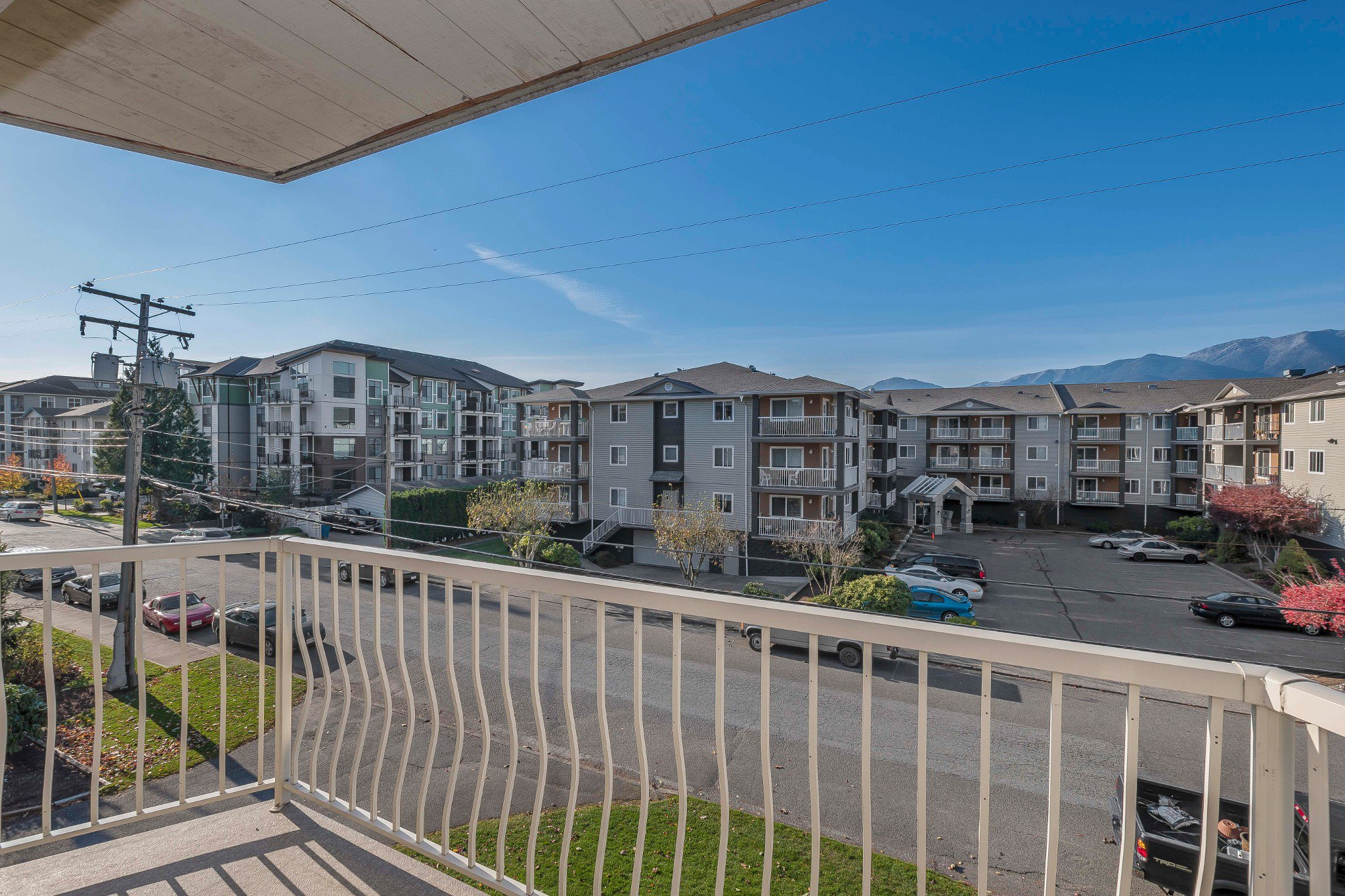 Photo 10: Photos: 305 9186 Edward Street in Chilliwack: Condo for sale : MLS®# R2218862