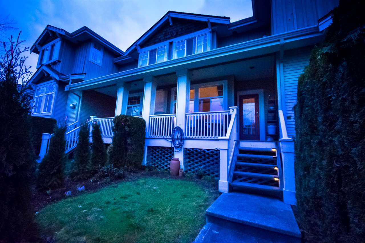 Main Photo: 3 14877 58 Avenue in Surrey: Sullivan Station Townhouse for sale : MLS®# R2242020