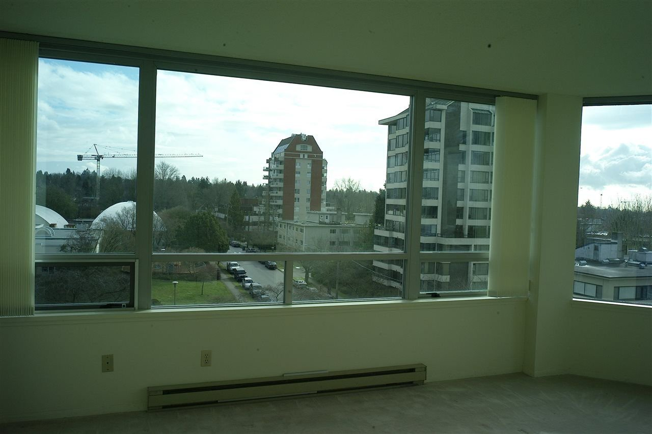 "Photo 7: Photos: 5 5885 YEW Street in Vancouver: Kerrisdale Condo for sale in ""Kerrisdale"" (Vancouver West)  : MLS®# R2243002"