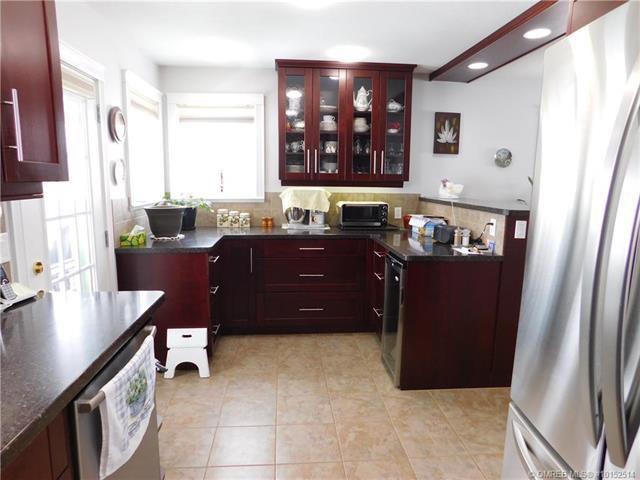 Photo 11: Photos: 331 Southeast 17 Street in Salmon Arm: House for sale (SE Salmon Arm)  : MLS®# 10152514