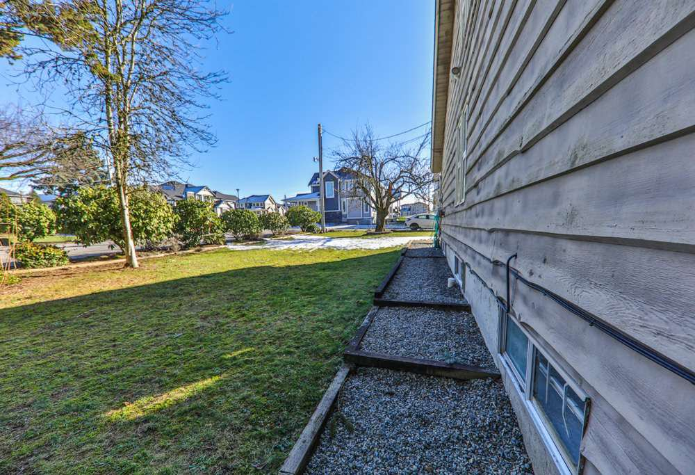 Photo 17: Photos: 35225 MCEWEN Avenue in Mission: Hatzic House for sale : MLS®# R2261215