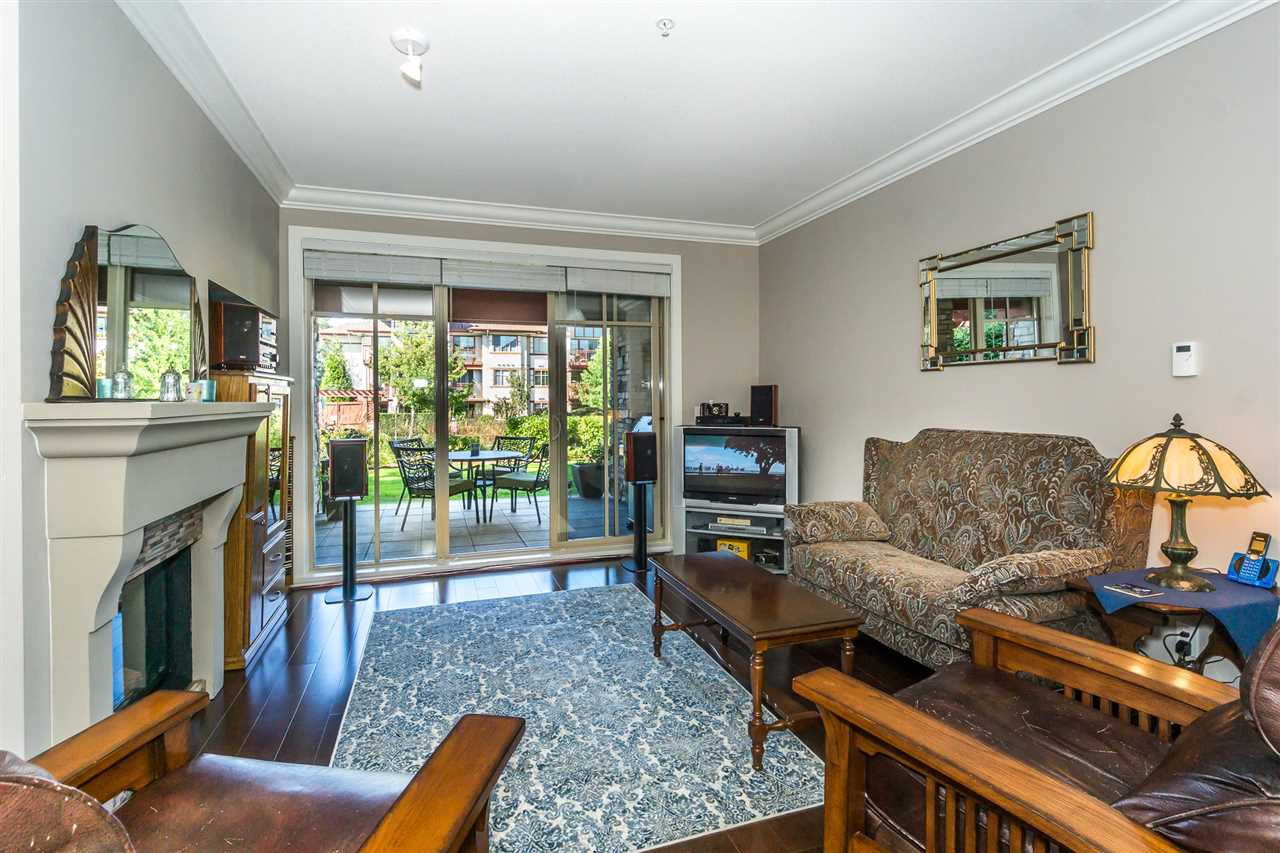 "Photo 8: Photos: 107 16447 64 Avenue in Surrey: Cloverdale BC Condo for sale in ""St. Andrews"" (Cloverdale)  : MLS®# R2302117"