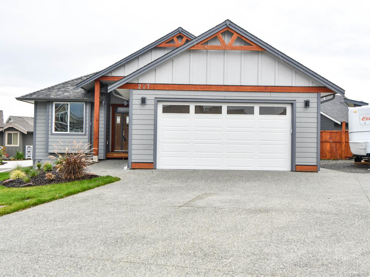 Main Photo: 207 Michigan Dr in CAMPBELL RIVER: CR Willow Point House for sale (Campbell River)  : MLS®# 801835