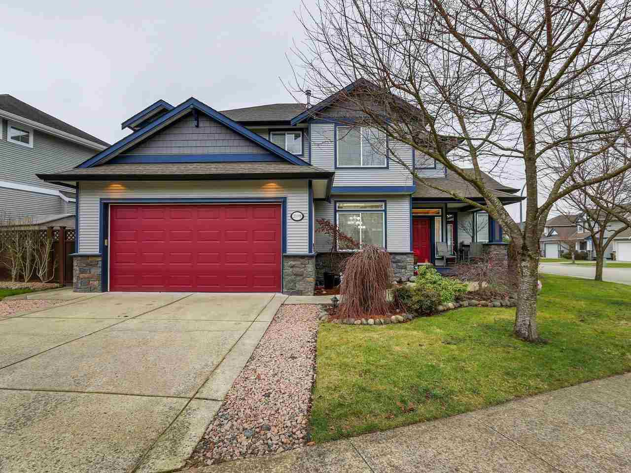 Main Photo: 20198 71A Avenue in Langley: Willoughby Heights House for sale : MLS®# R2329255