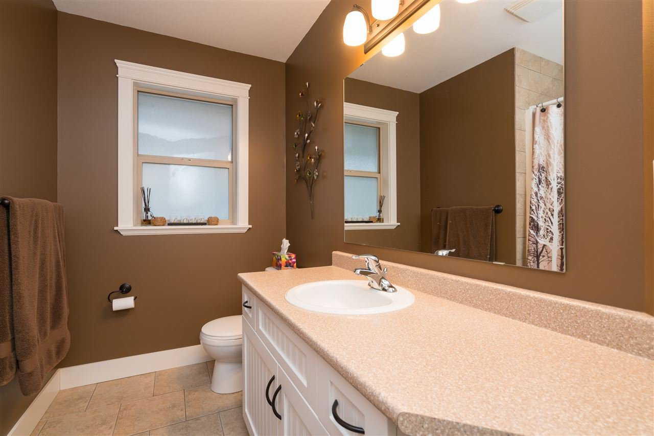 Photo 11: Photos: 6082 REXFORD Drive in Sardis: Promontory House for sale : MLS®# R2329418