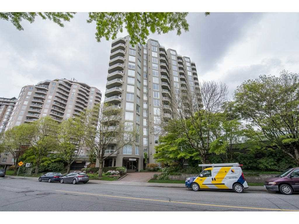 "Main Photo: 1102 1135 QUAYSIDE Drive in New Westminster: Quay Condo for sale in ""ANCHOR POINTE"" : MLS®# R2353063"