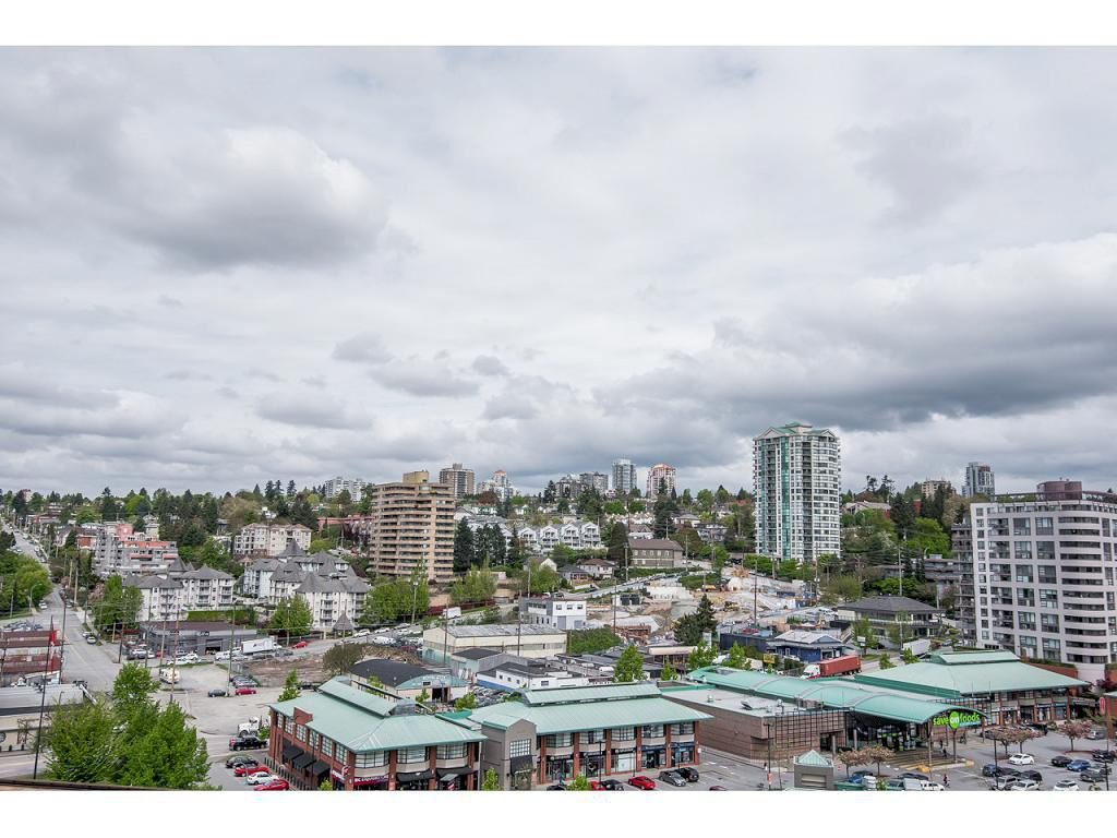 "Photo 13: Photos: 1102 1135 QUAYSIDE Drive in New Westminster: Quay Condo for sale in ""ANCHOR POINTE"" : MLS®# R2353063"