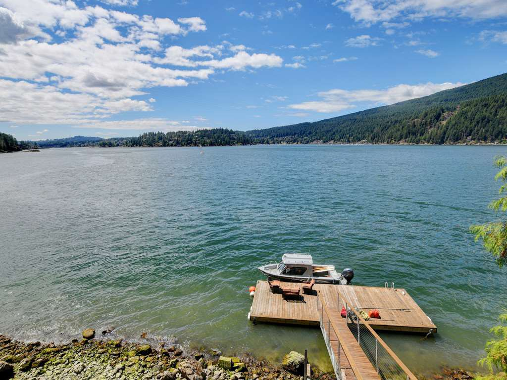"""Photo 11: Photos: 1 COSY Cove in North Vancouver: Indian Arm House for sale in """"Cosy COve"""" : MLS®# R2381296"""