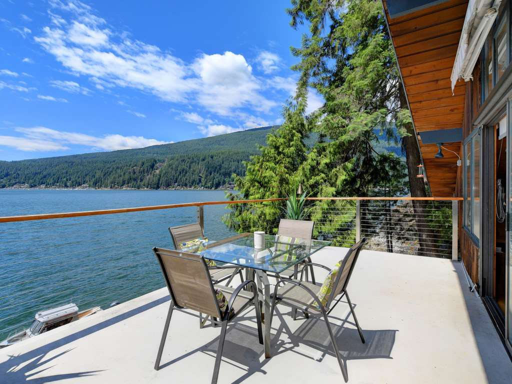"""Photo 10: Photos: 1 COSY Cove in North Vancouver: Indian Arm House for sale in """"Cosy COve"""" : MLS®# R2381296"""